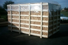 LARGE CRATE LINED WITH OSB